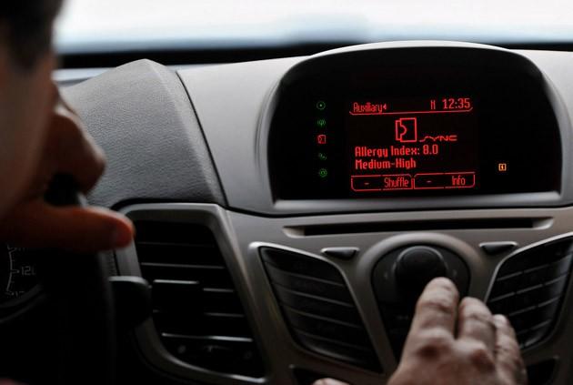 Alerta de alérgenos en vehículos Ford. Compatible con iPhone.
